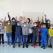 I bambini di Casenove con dietro la nuova lavagna
