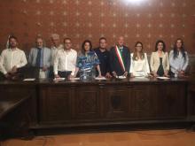 Luigi Titta insieme alla nuova amministrazione di Montefalco