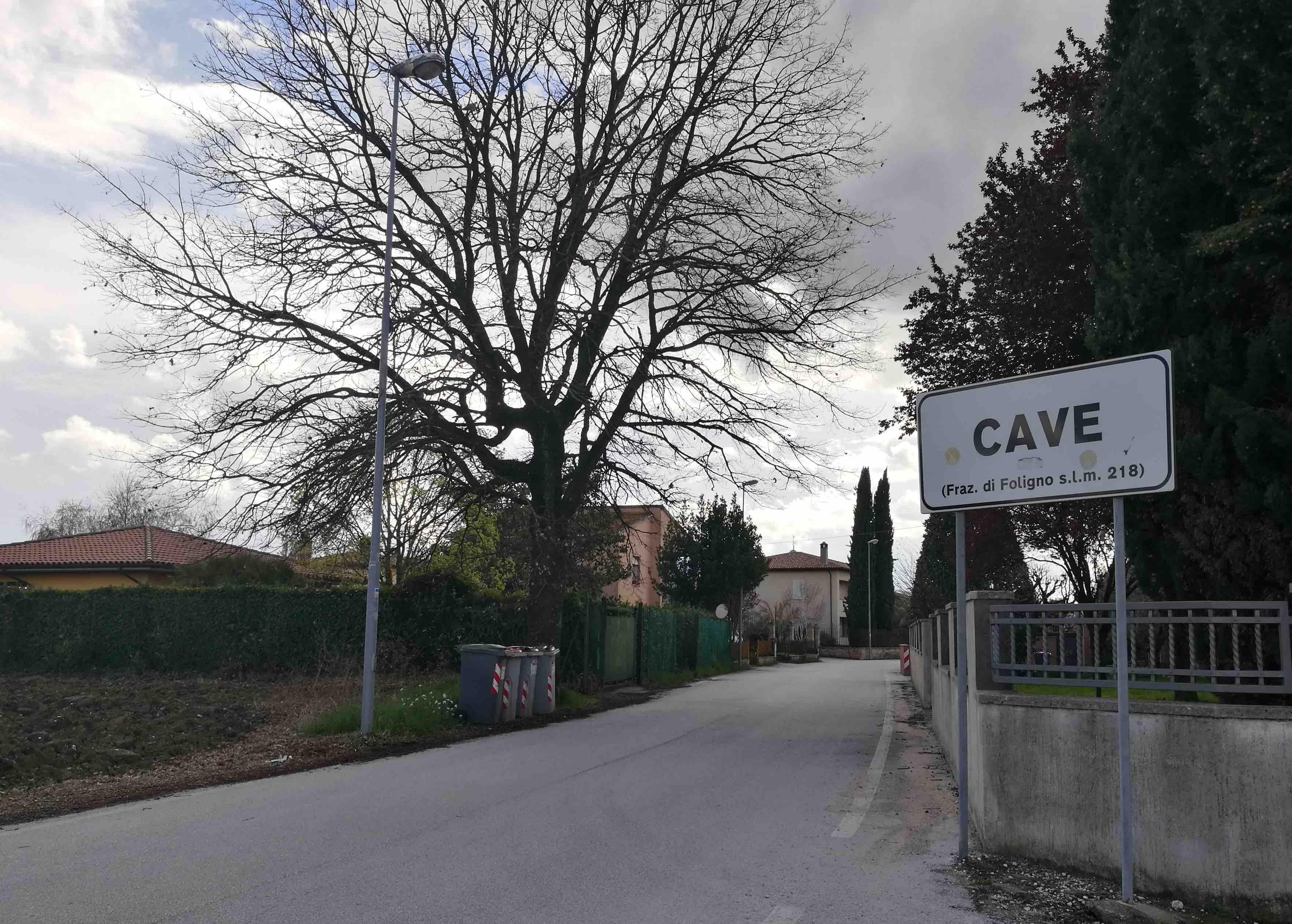 Privata Di Abitanti Ricorrono Cave Alla FolignoGli Vigilanza KF1JclT3